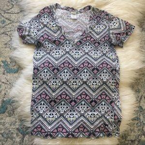 PINK Victoria's Secret | Aztec print t-shirt | M